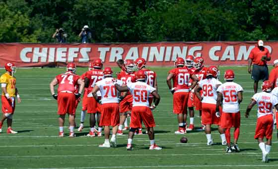 Kansas City Chiefs 2015 schedule finalized; team will play in three primetime games